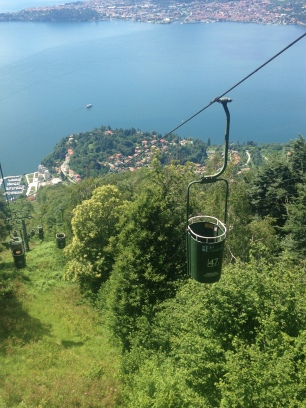 Cable cars on the ascent